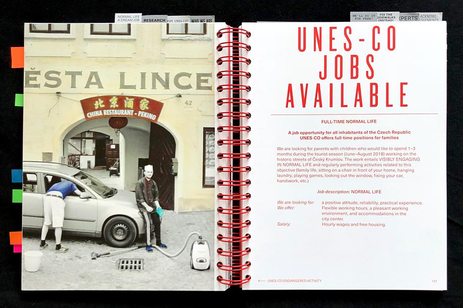 Reklamní fotografie ohrožených činnosti firmy UNES-CO projektu Kateřiny Šedé